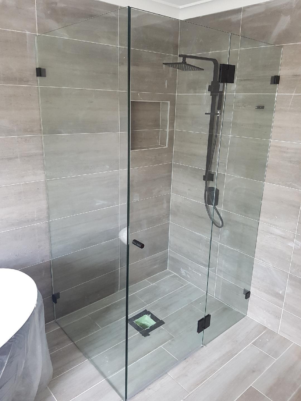 Frameless Shower Screen Swing Door Square Corner Black Fitting